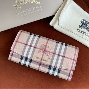 NEW! Authentic Burberry large wallet